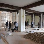 """<span class=""""deutsch"""">Renovierungsarbeiten Ausstellungsraum</span><span class=""""englisch"""">remodelling works in the exhibition hall</span>"""
