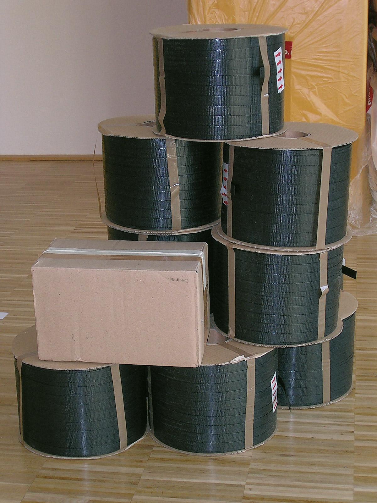 Paketband als Baumaterial