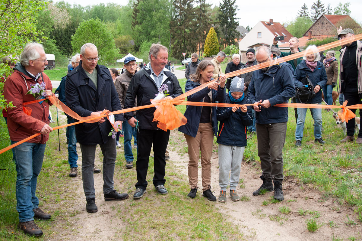 "<span class=""deutsch"">Eröffnung des Wänderweges Kossäten-Tour</span><span class=""englisch"">Opening of the ""Kossäten-Tour"" hiking trail</span>"