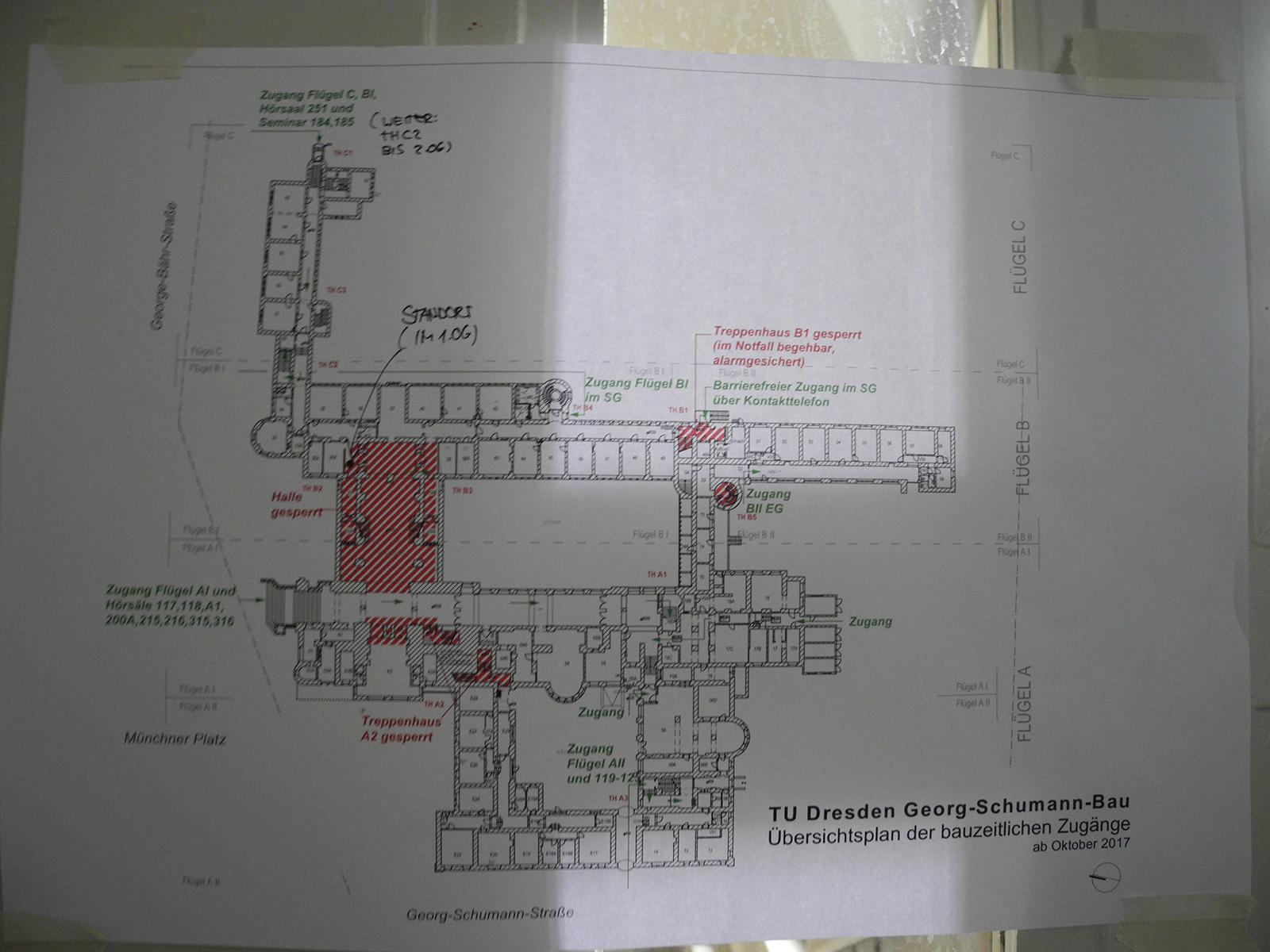 """<span class=""""deutsch"""">Entwurf_Grundrissplan TU Dresden/Gedenkstätte Müchner Platz</span><span class=""""englisch"""">Entwurf_Grundrissplan TU Dresden/Gedenkstätte Müchner Platz</span>"""